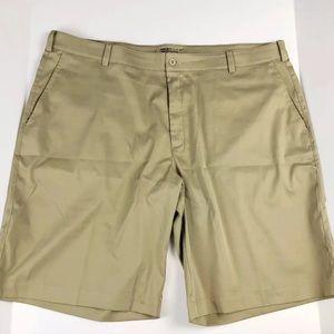 {NIKE} Dri-Fit Golf Shorts• Men's 42• Khaki